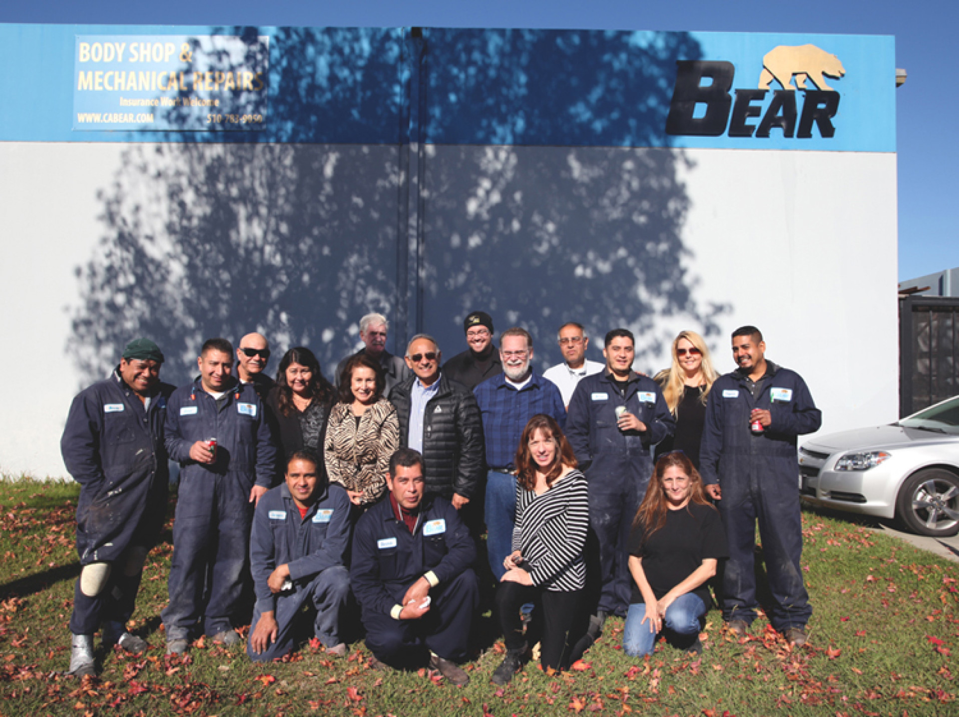 Commercial Heavy Duty Truck Repair, Service & Refinishing Team